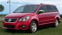 2011 Volkswagen Routan Picture Gallery