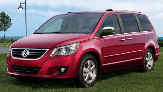 Volkswagen Routan 2011. the 2011 Volkswagen Routan