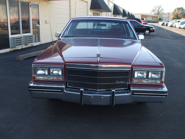 Picture of 1983 Cadillac DeVille