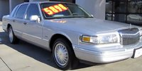 1997 Lincoln Town Car Signature, Picture of 1997 Lincoln Town Car 4 Dr Signature Sedan, exterior
