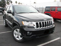 Picture of 2011 Jeep Grand Cherokee Laredo 4WD, exterior, gallery_worthy
