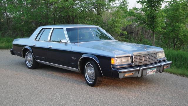 1980 Dodge St.Regis Frost & Nightwatch Blue