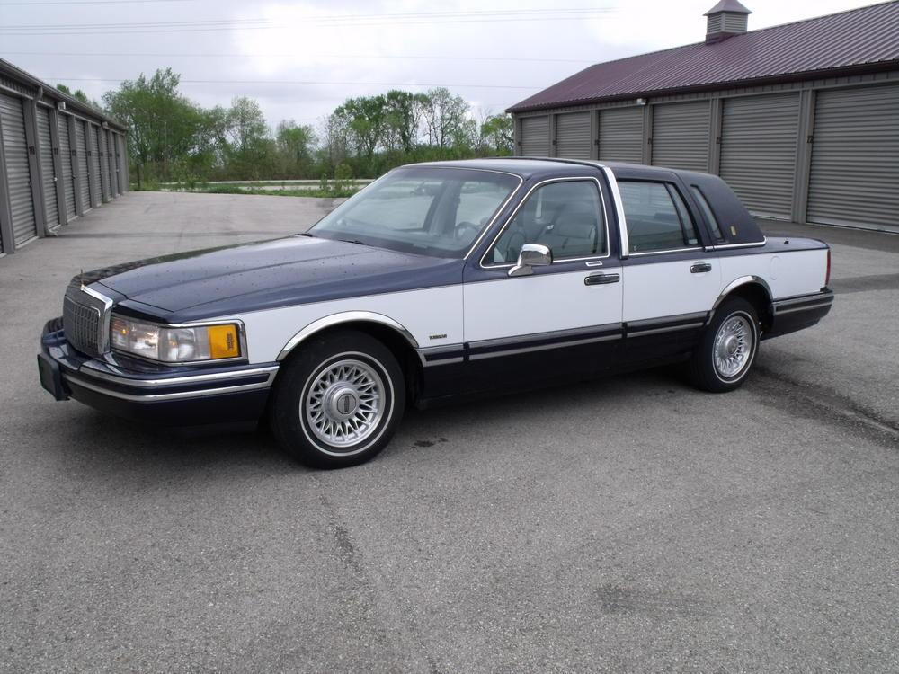1993 Lincoln Town Car Pictures Cargurus