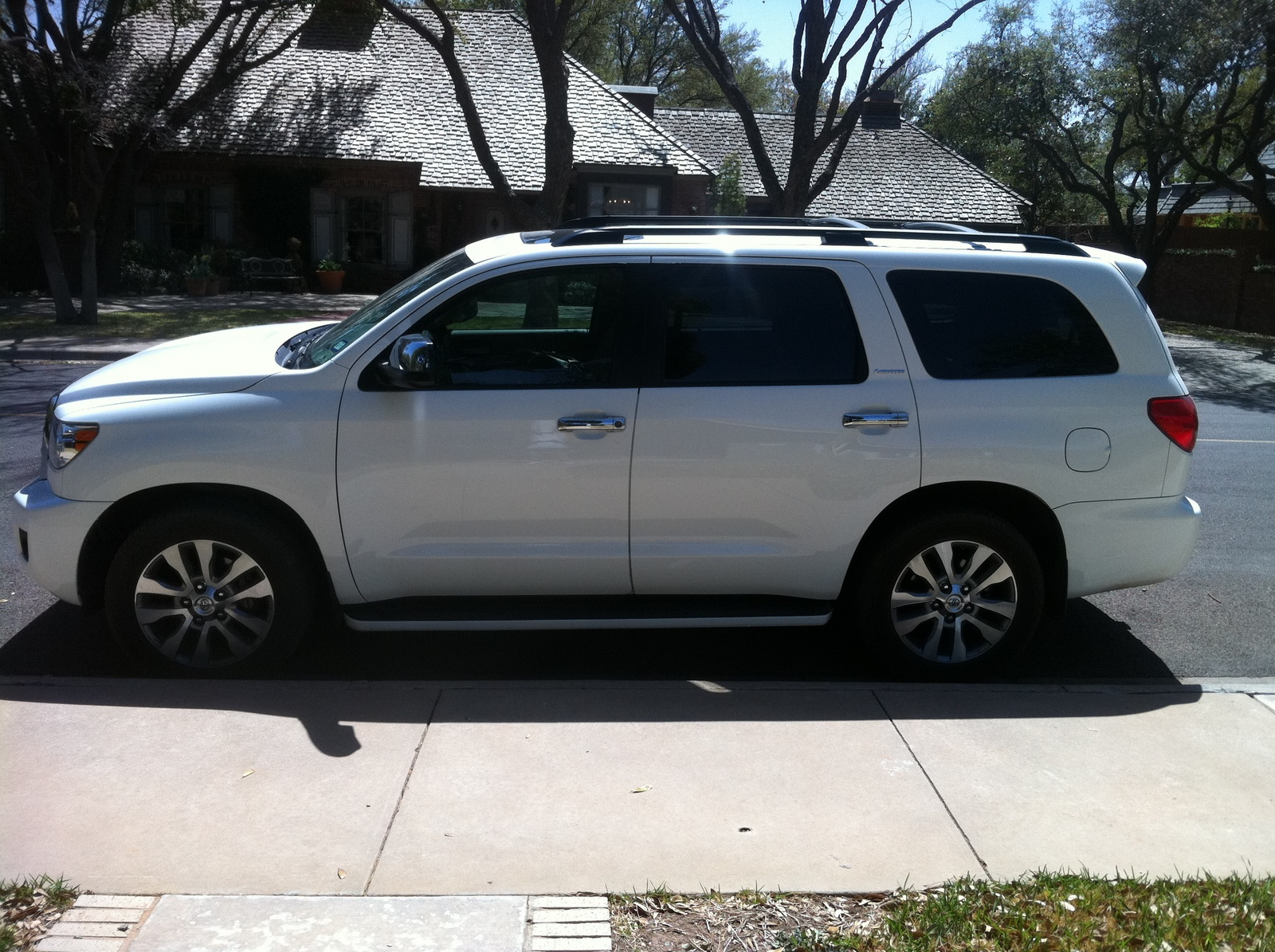 2008 toyota sequoia limited picture exterior