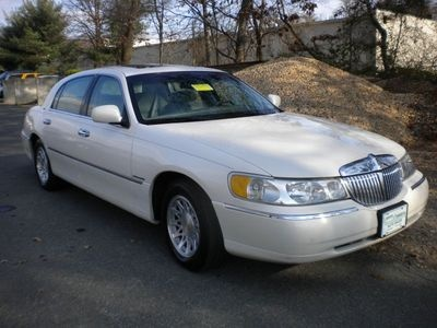 lincoln town car questions best spark plugs to use cargurus. Black Bedroom Furniture Sets. Home Design Ideas