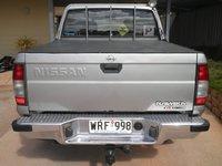 2002 Nissan Navara Overview