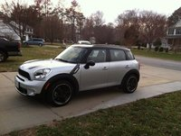 2011 MINI Countryman S, IMG_0121, exterior