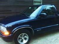 Picture of 2002 Chevrolet S-10 LS RWD, exterior, gallery_worthy