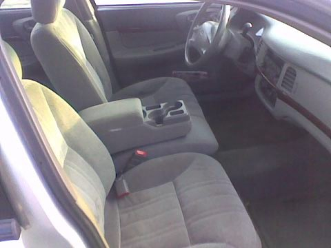 2004 Chevrolet Impala Base, front seat 60/40 bench with driver power seat, arm rest, interior