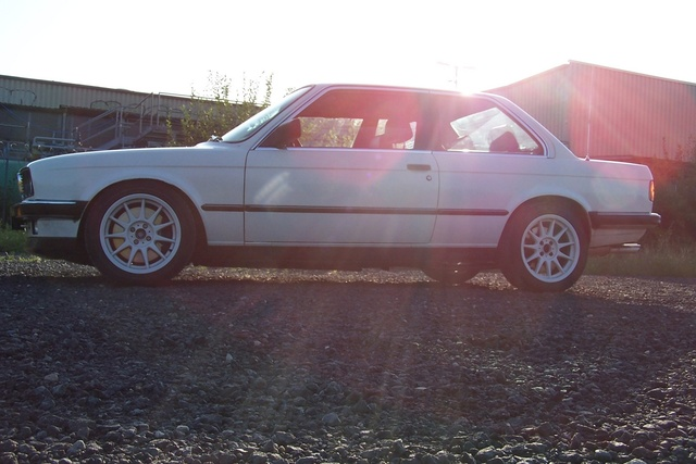 Picture of 1986 BMW 3 Series