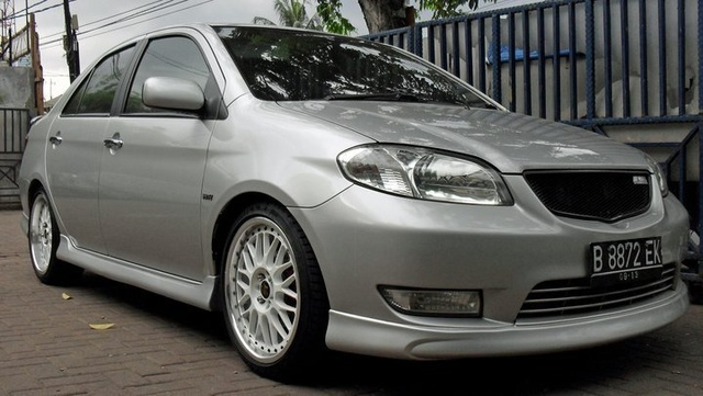 Picture of 2003 Toyota Vios