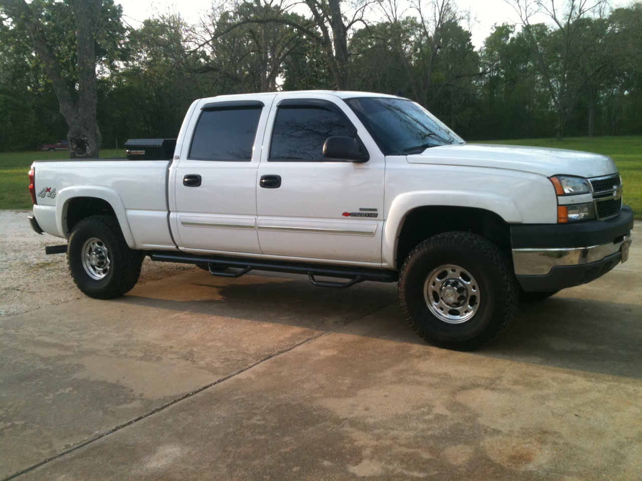 picture of 2007 chevrolet silverado classic 2500hd lt3 crew cab 4wd. Cars Review. Best American Auto & Cars Review
