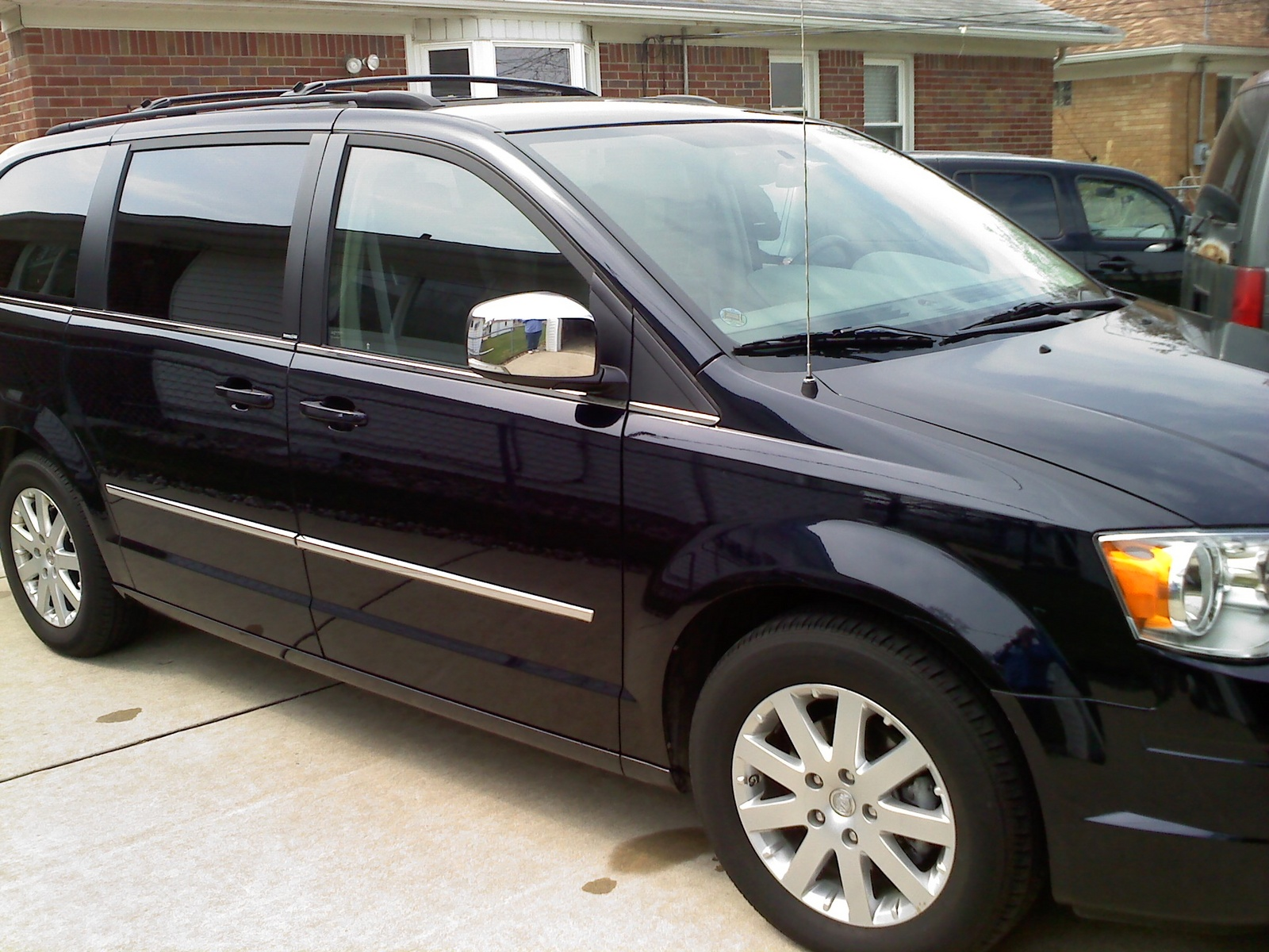 2010 chrysler town country exterior pictures cargurus. Cars Review. Best American Auto & Cars Review