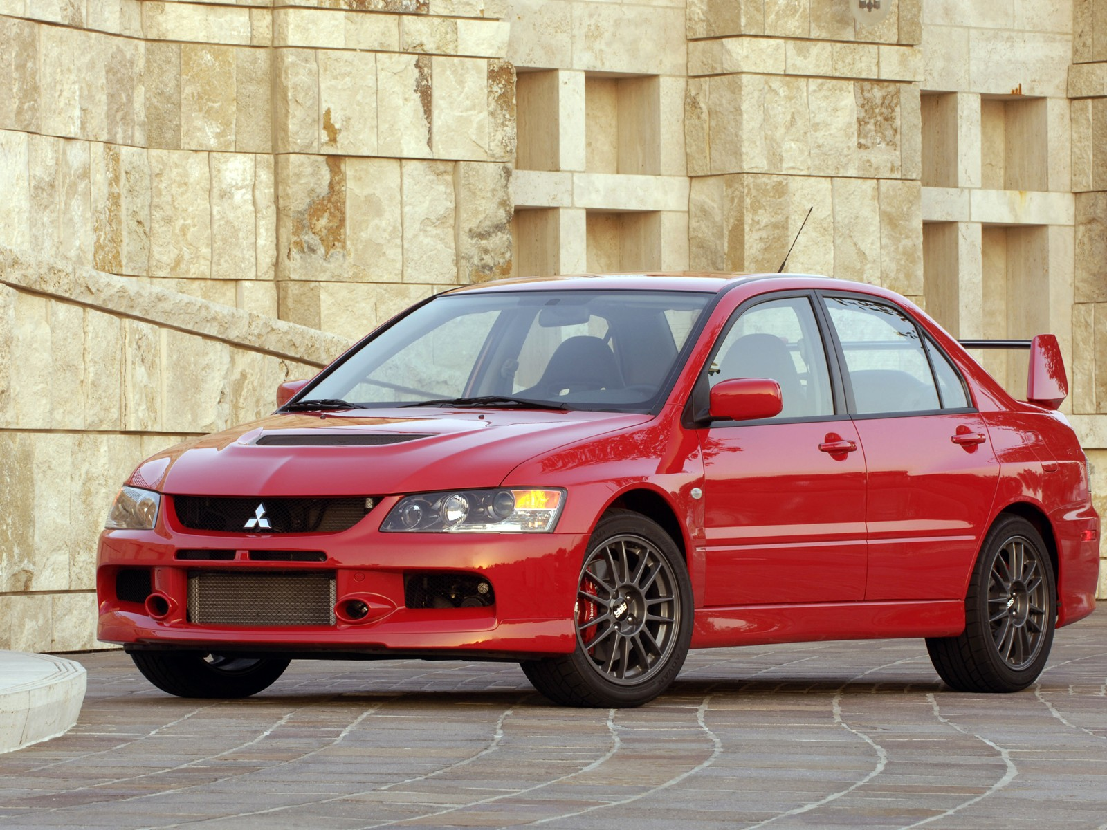 2005 mitsubishi lancer evolution overview cargurus. Black Bedroom Furniture Sets. Home Design Ideas