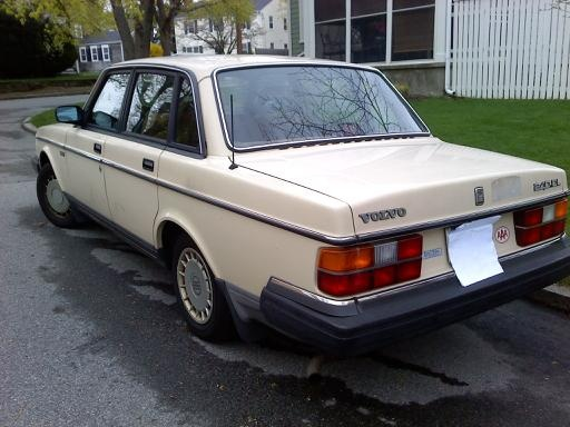 Picture of 1988 Volvo 240