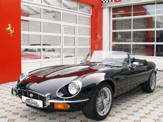 1973 Jaguar E-Type picture