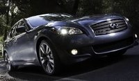 2012 INFINITI M35 Overview
