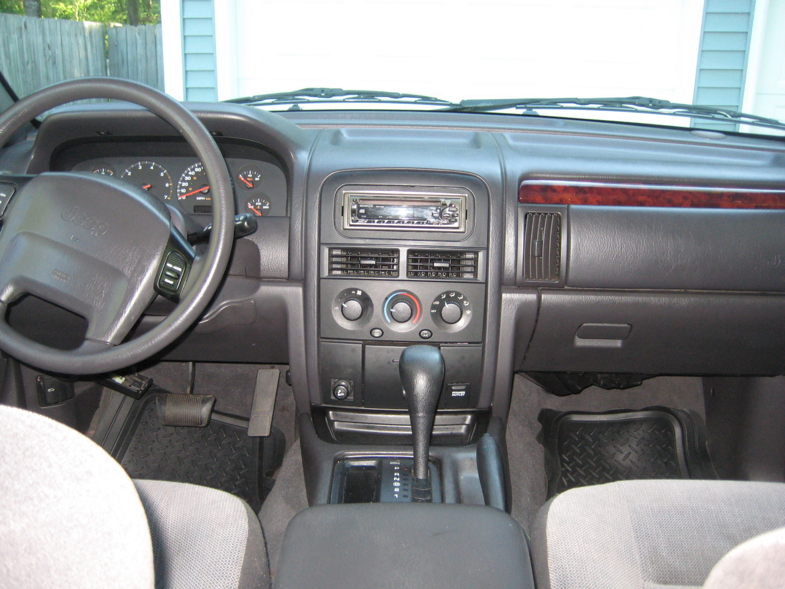 2000 jeep grand cherokee interior pictures cargurus. Black Bedroom Furniture Sets. Home Design Ideas