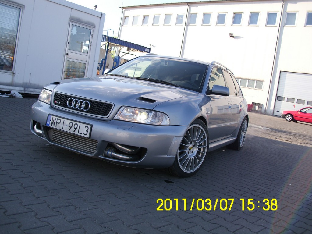 2001 Audi RS 4 picture