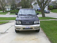 Picture of 2000 Isuzu Trooper 4 Dr S 4WD SUV, exterior