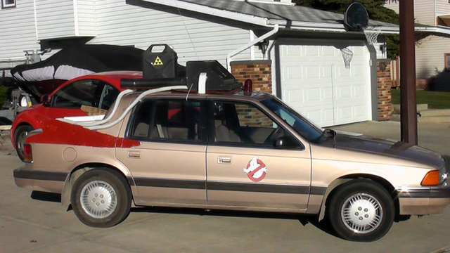 1989 Dodge Spirit, halloween, exterior
