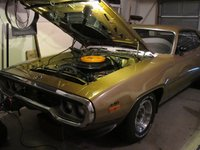 1972 Plymouth Road Runner picture, exterior, engine