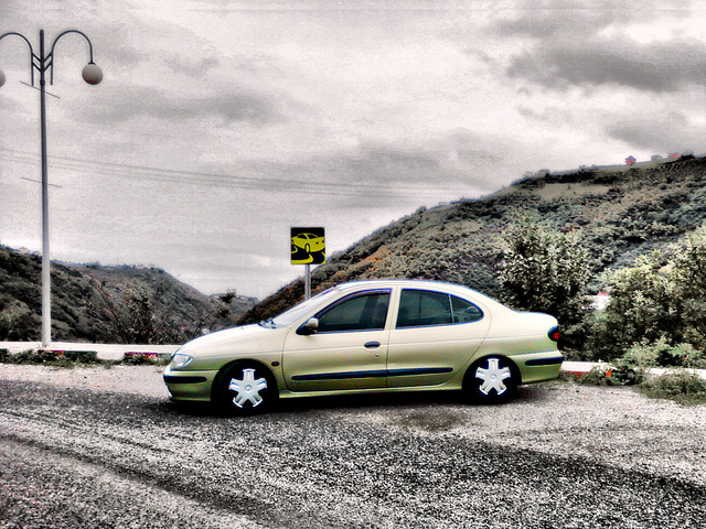 Picture of 1999 Renault Megane