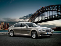 2012 BMW 7 Series Overview