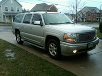 Picture of 2004 GMC Yukon XL 4 Dr Denali AWD SUV, exterior