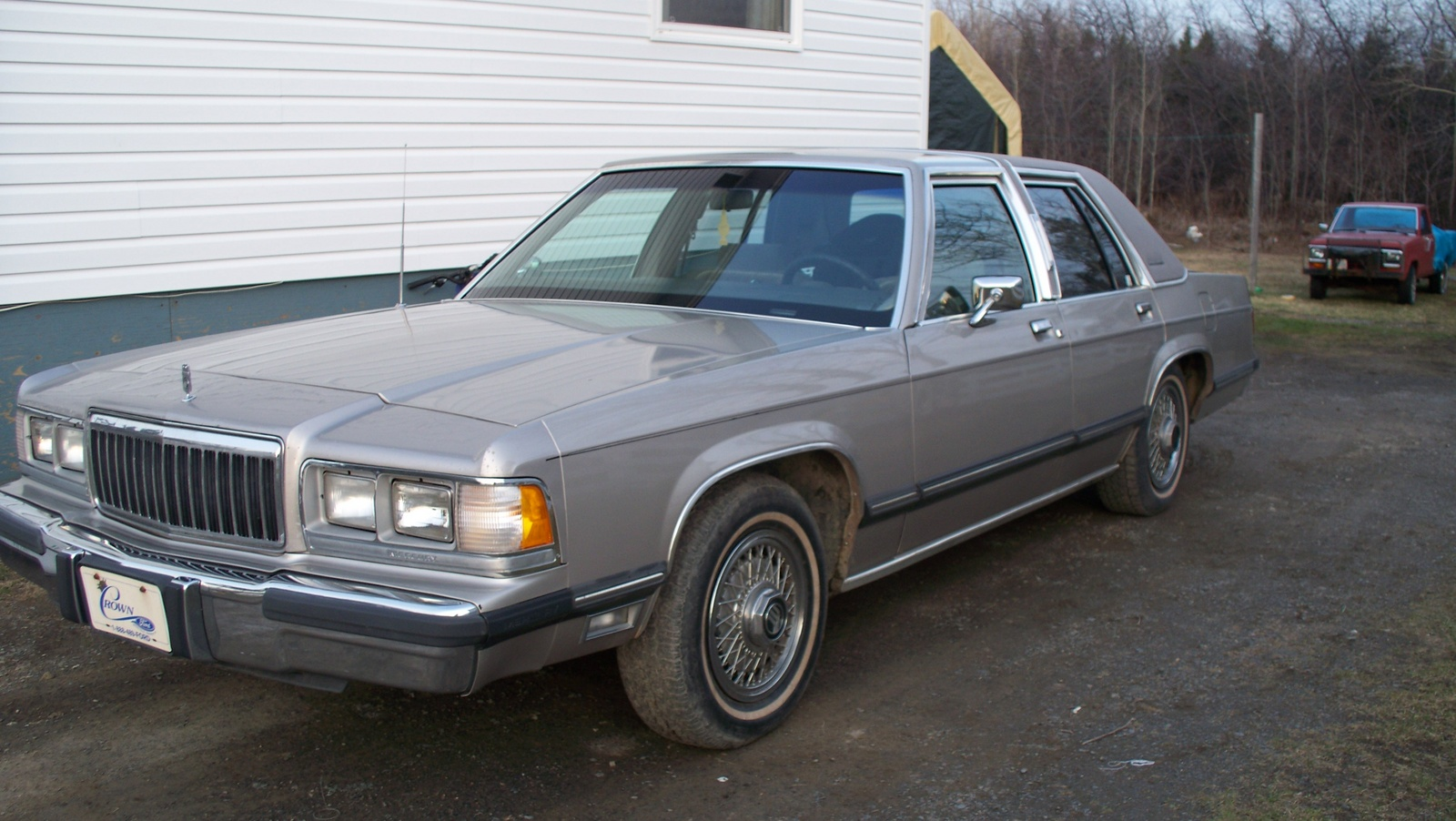 1991 Mercury Grand Marquis 4 Dr LS Sedan picture