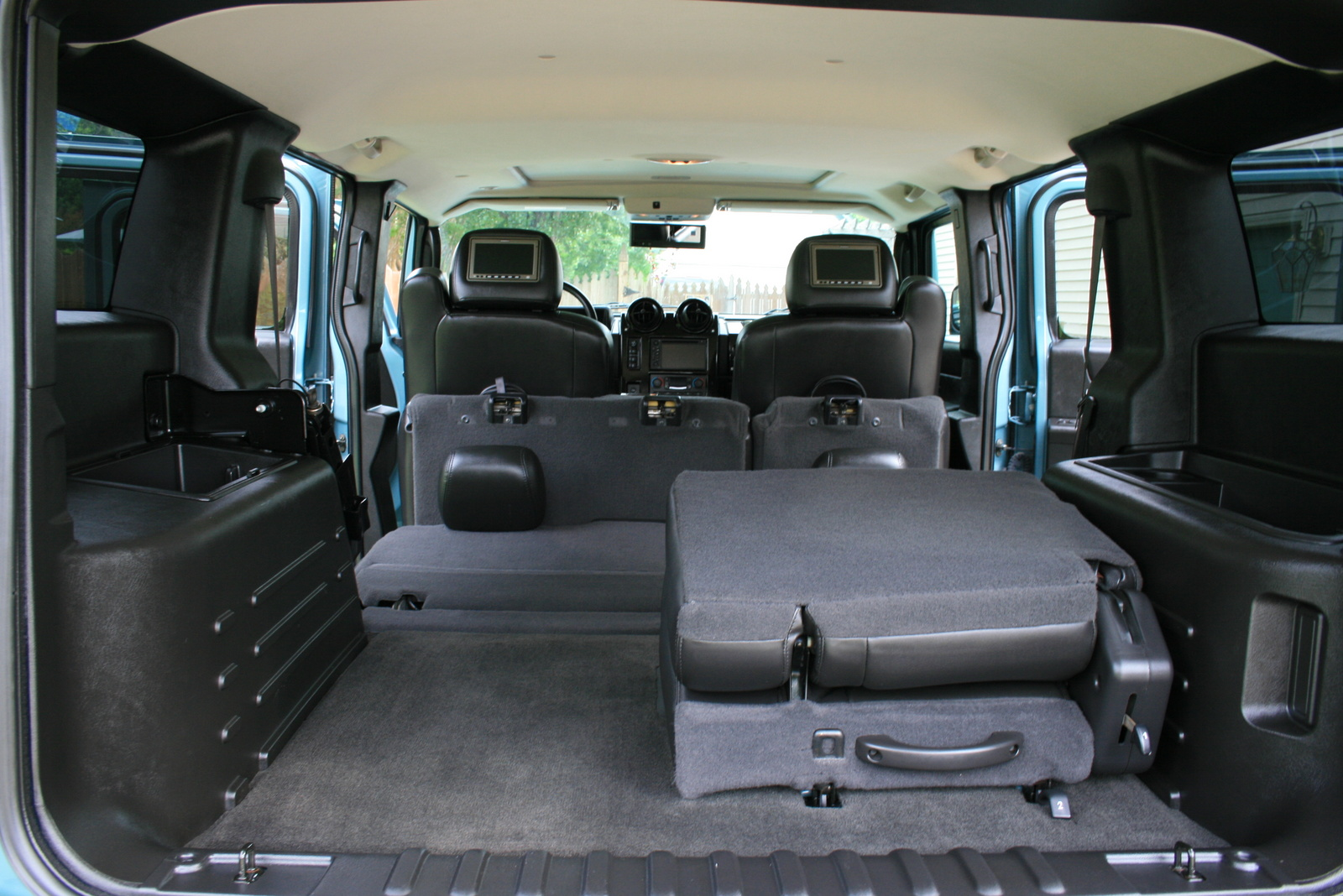 2007 Hummer H2 Luxury picture, interior