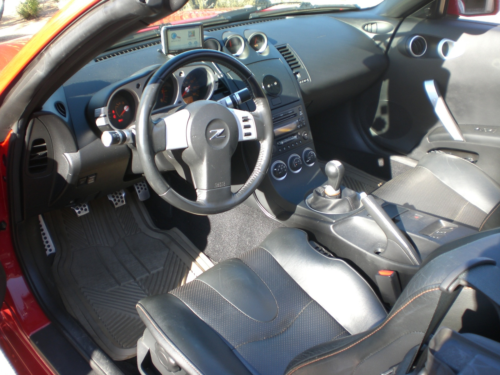 2004 nissan 350z interior pictures cargurus for Interieur 350z