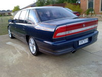 1998 Holden Statesman Overview