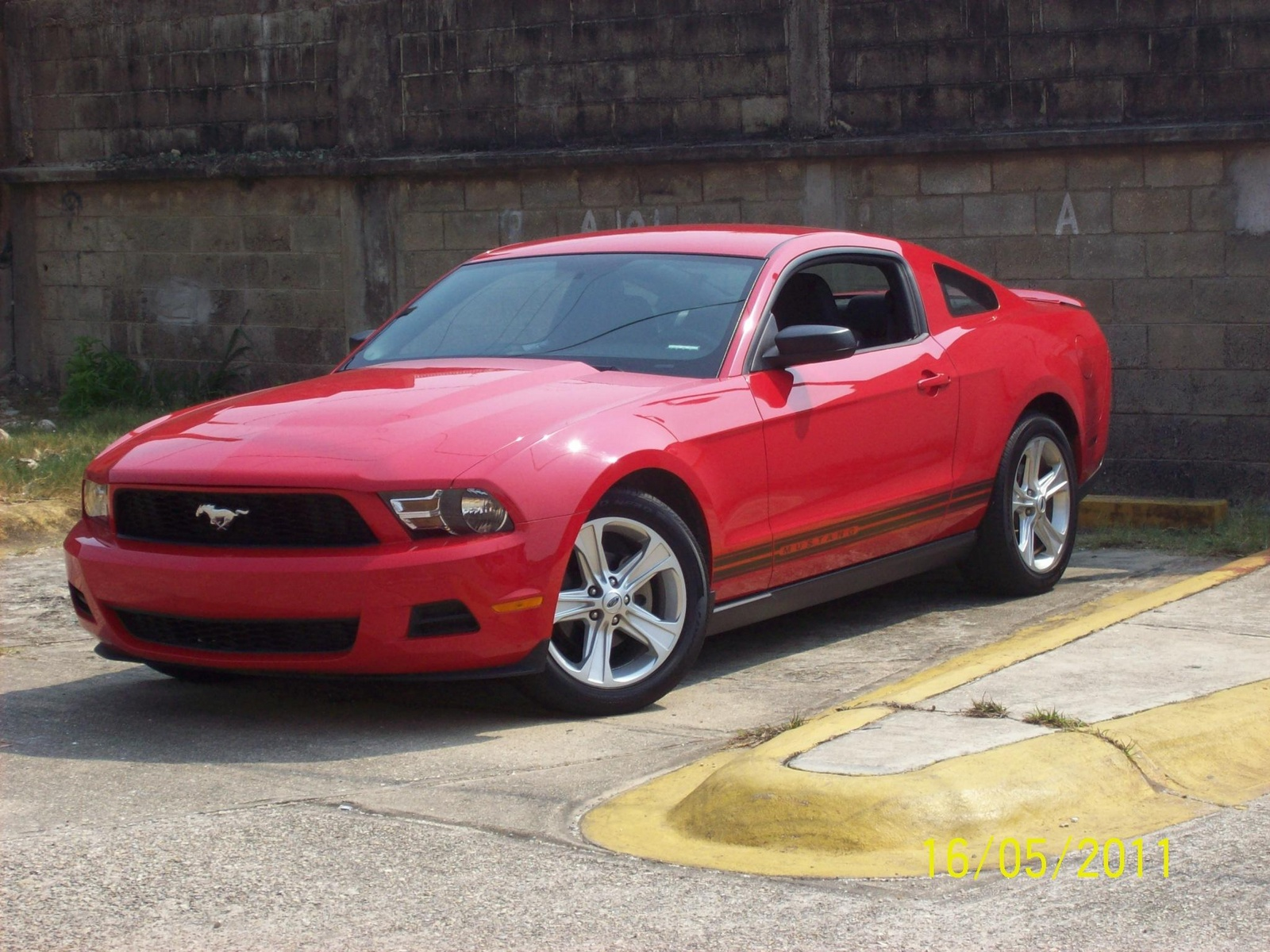 picture of 2010 ford mustang v6 exterior. Black Bedroom Furniture Sets. Home Design Ideas