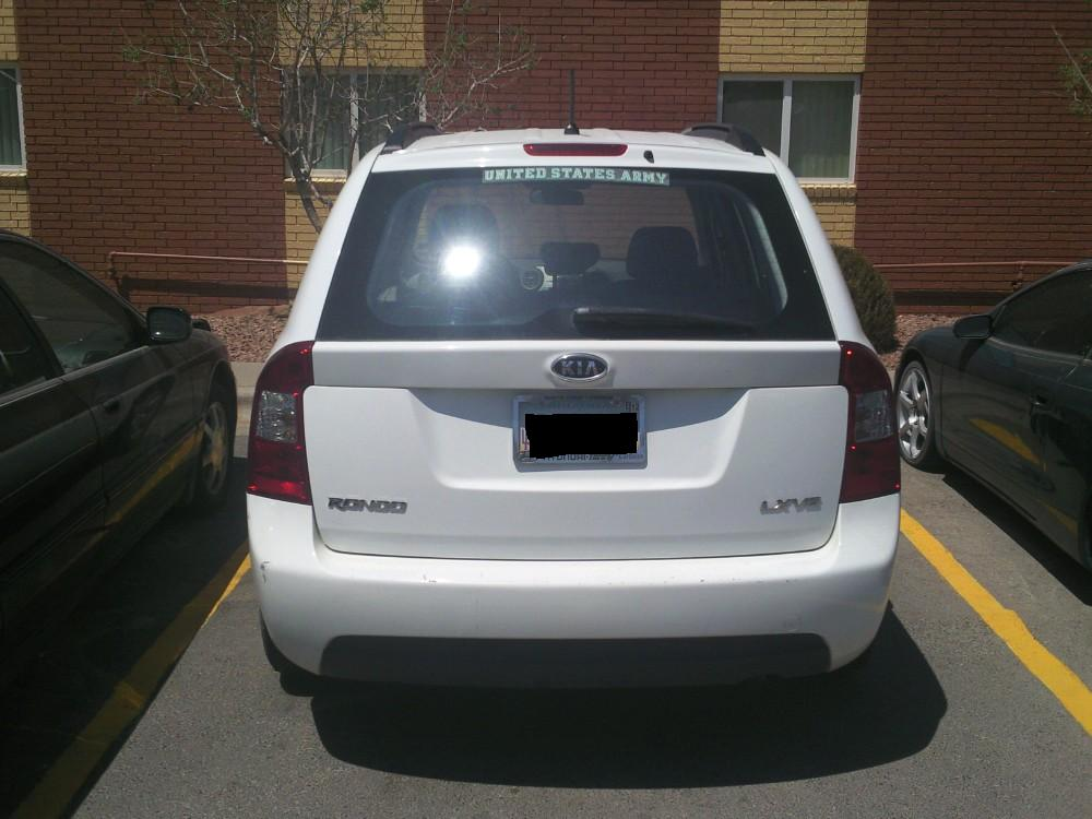 2008 kia rondo pictures cargurus for Garage kia 95