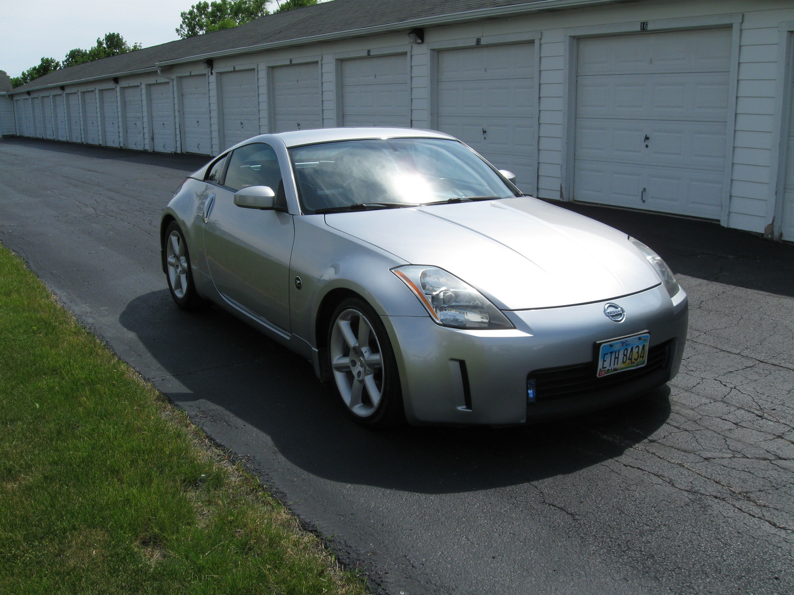 Nissan 350 z pictures