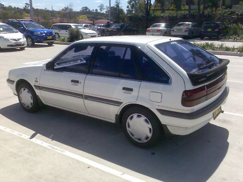 Picture of 1988 Ford Laser