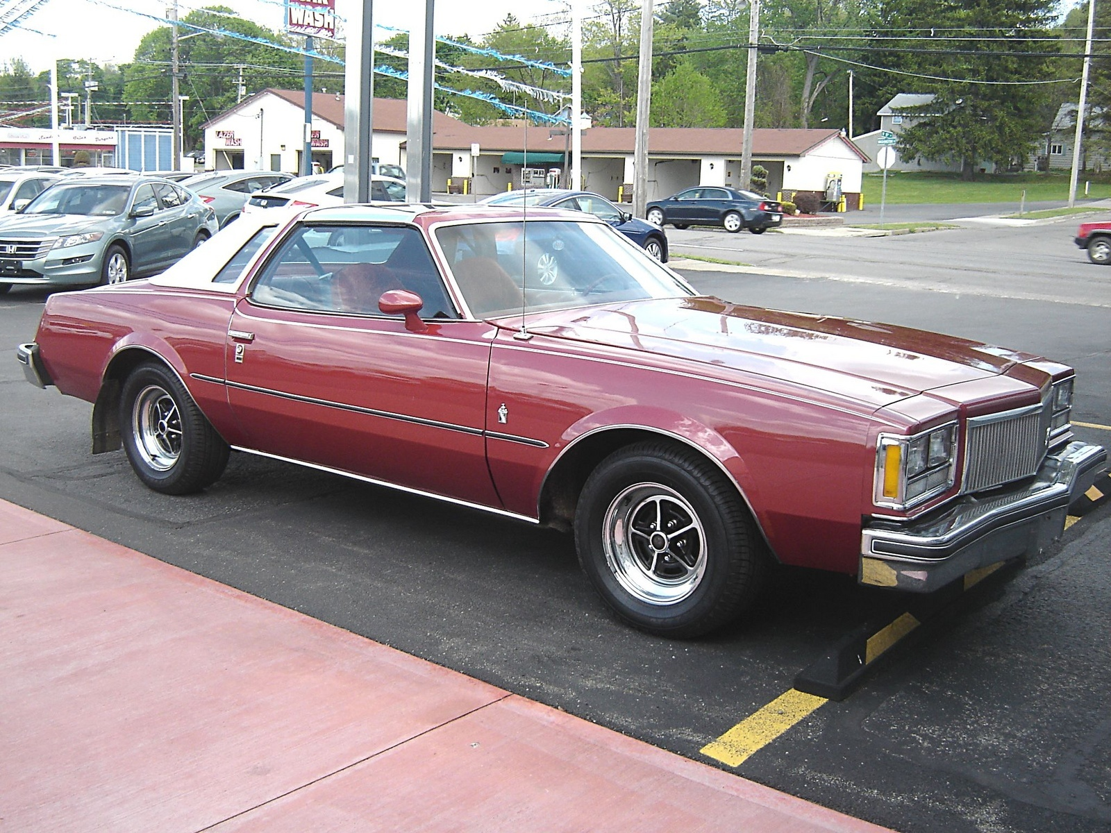 buick regal questions i have a 1976 buick regal sr with. Black Bedroom Furniture Sets. Home Design Ideas