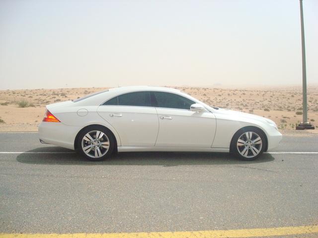 Foto de un 2010 Mercedes-Benz CLS-Class