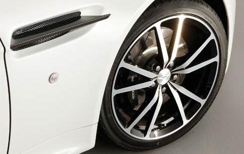 2011 Aston Martin V8 Vantage