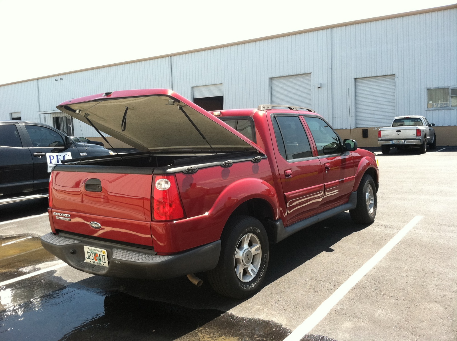 picture of 2005 ford explorer sport trac 4 dr xlt crew cab sb. Cars Review. Best American Auto & Cars Review