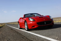 2011 Ferrari California Overview