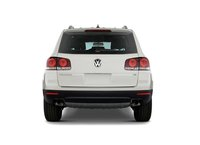 2010 Volkswagen Touareg, Back View, exterior, manufacturer