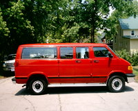 Picture of 2000 Dodge Ram Wagon 3 Dr 2500 Passenger Van Extended, exterior