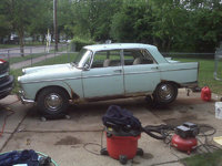 1961 Peugeot 404 Overview