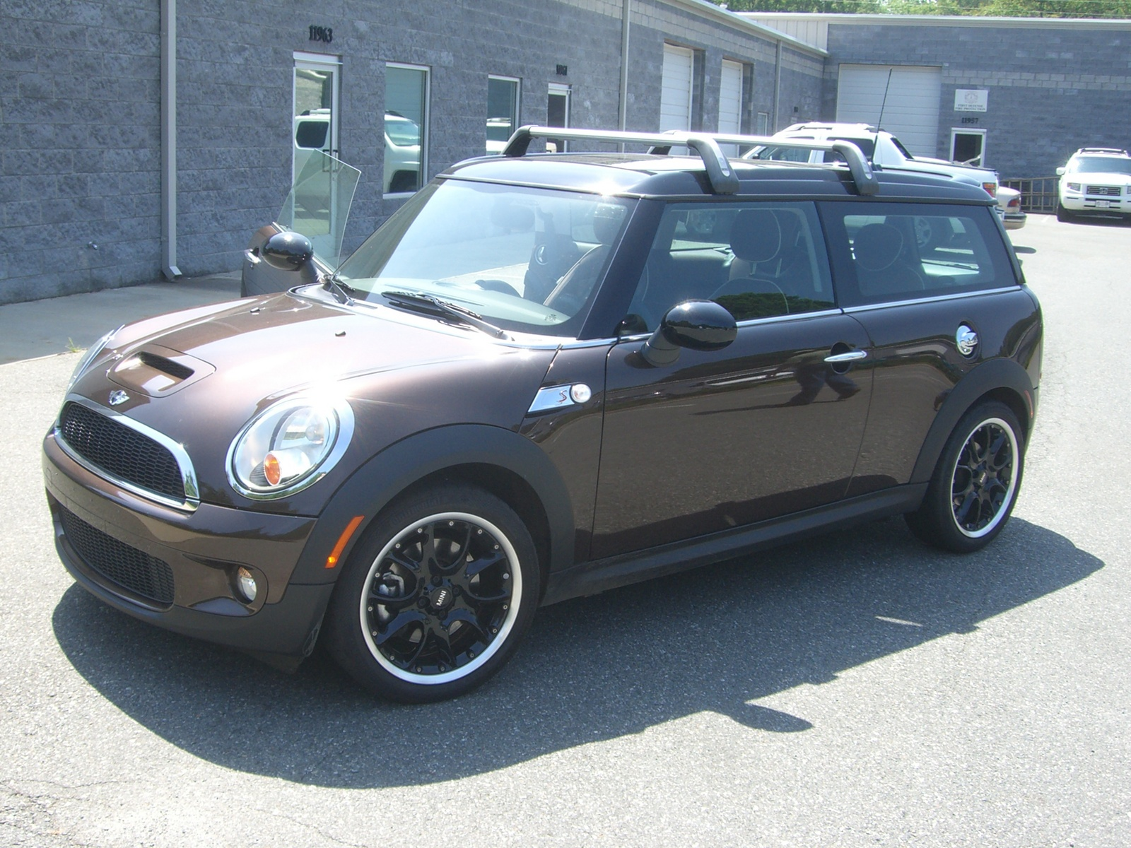 2009 mini cooper clubman pictures cargurus. Black Bedroom Furniture Sets. Home Design Ideas