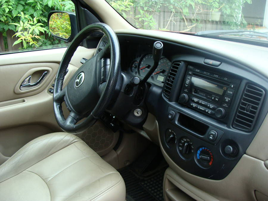 2001 mazda tribute interior pictures cargurus. Black Bedroom Furniture Sets. Home Design Ideas