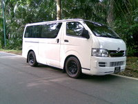 2007 Toyota Hiace, How you like my ride..     A 2KDH slightly lowered on standard Isuzu rims owing local regulations:-), exterior