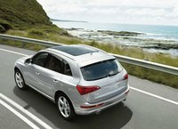2012 Audi Q5, Overhead Rear View (Audi of America, Inc.), exterior, manufacturer