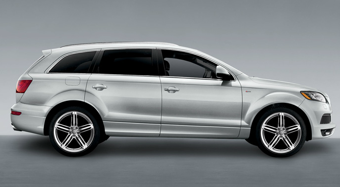 2012 Audi Q7, Right Side View (Audi of America, Inc.), exterior, manufacturer